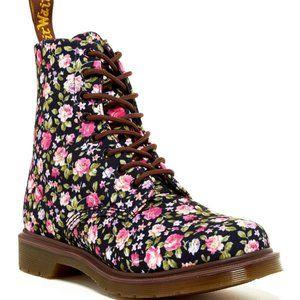 Dr. Martens Page floral canvas boots 8 EUC!!!